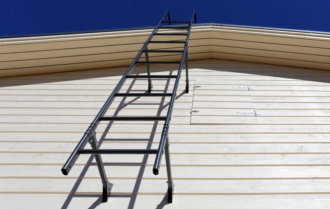 Фото кровельной лестницы